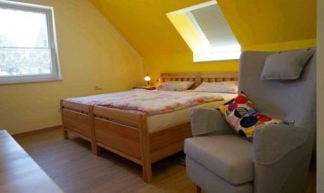Kleines Spatzennest Schlafzimmer